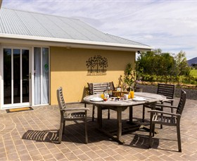 Taras Richmond Farmstay - QLD Tourism