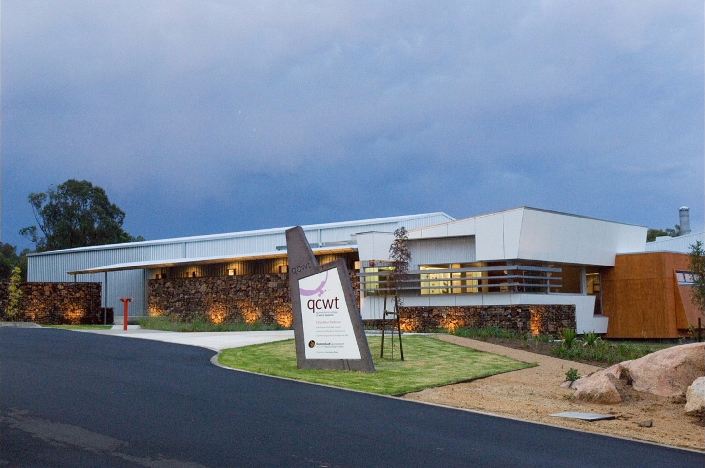 Varias Restaurant and Function Centre at the Queensland College of Wine Tourism - QLD Tourism