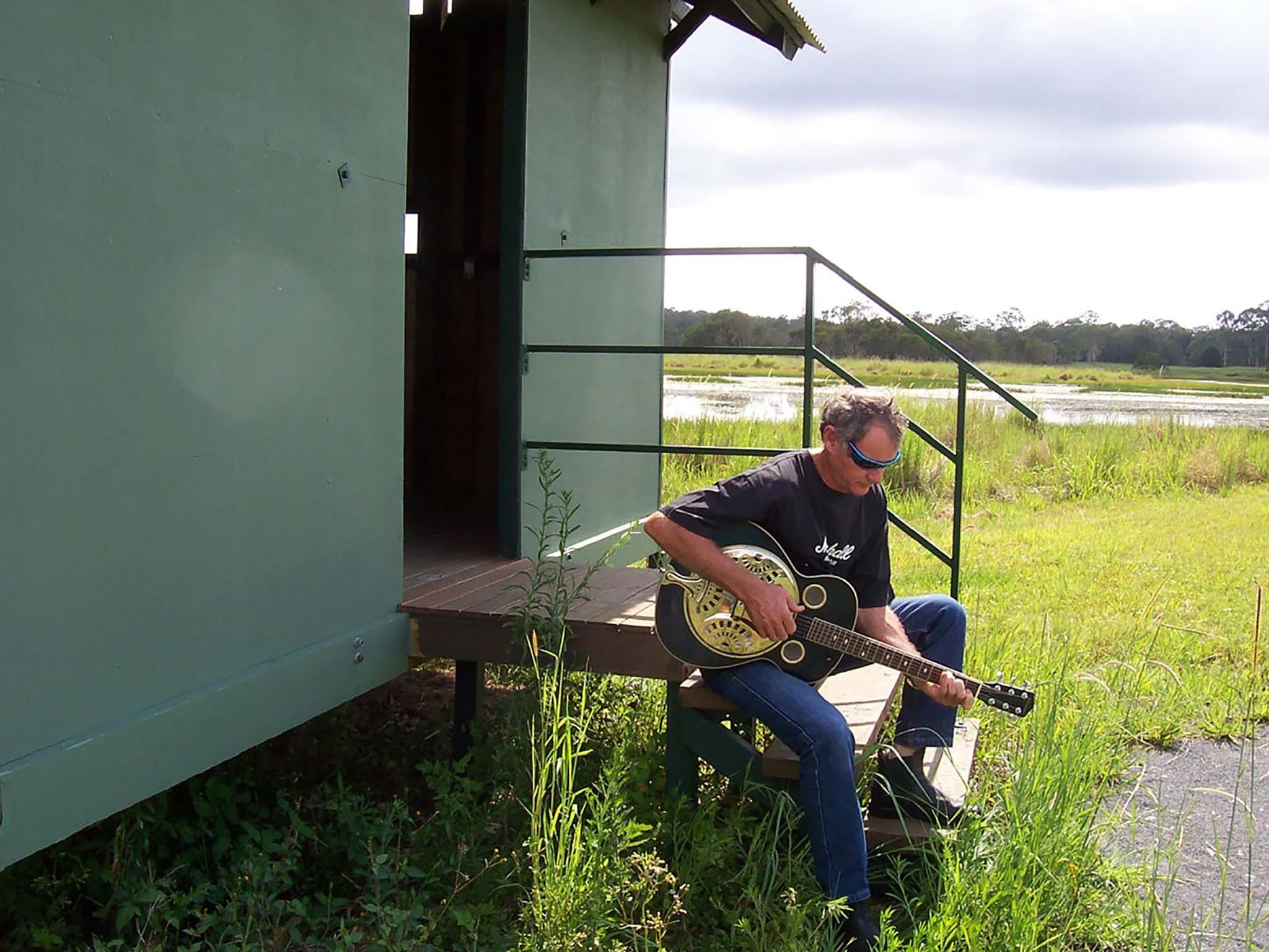 Sunday Session Blues on the Grass - QLD Tourism
