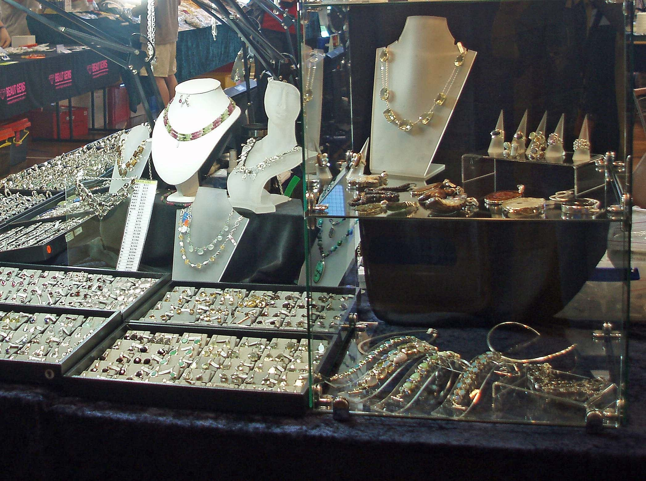 Toowoomba Gemfest - Gems and Jewellery - QLD Tourism