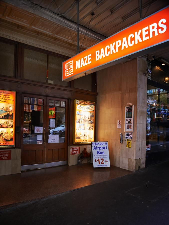 Maze Backpackers - Sydney - QLD Tourism