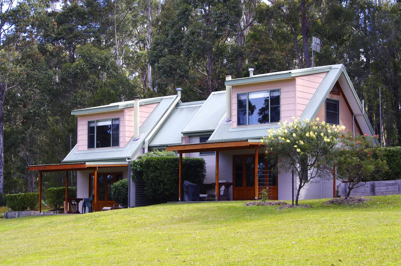 Bawley Bush Retreat and Cottages - QLD Tourism