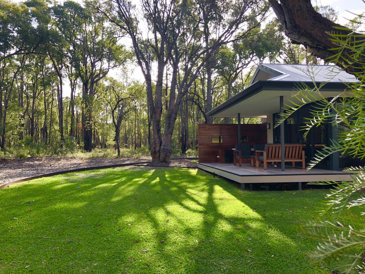 Amaroo Retreat  Spa - QLD Tourism