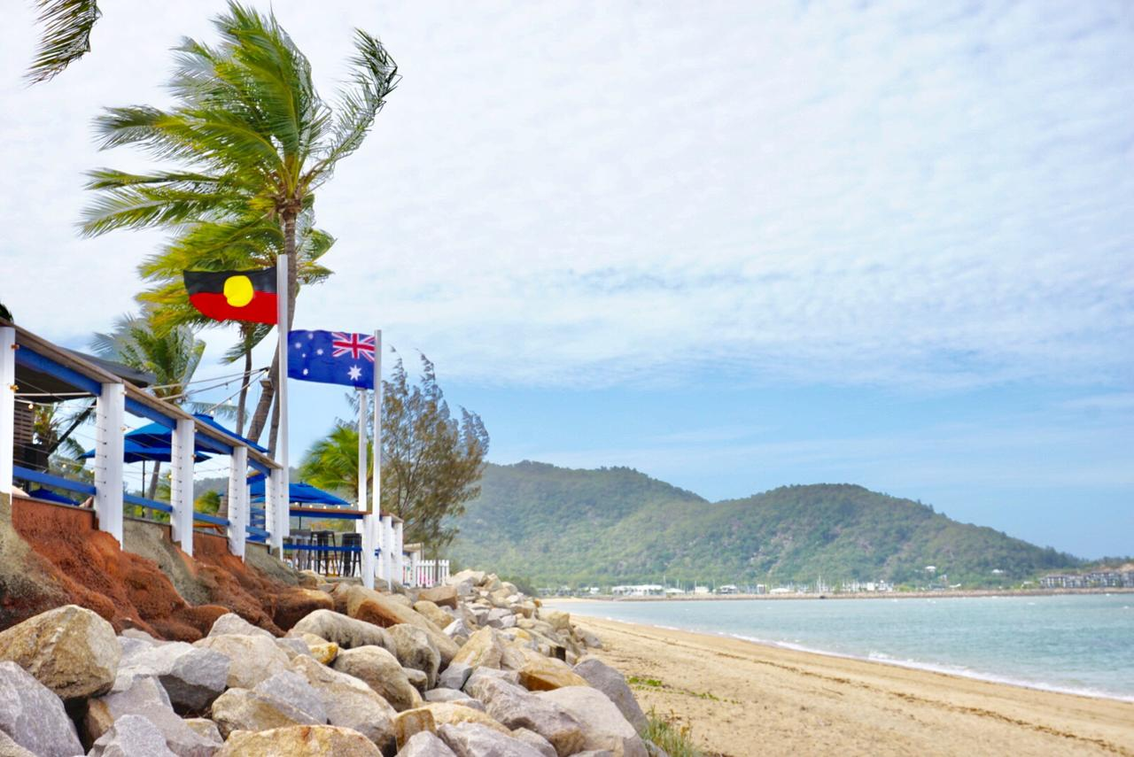 Base Backpackers Magnetic Island - QLD Tourism
