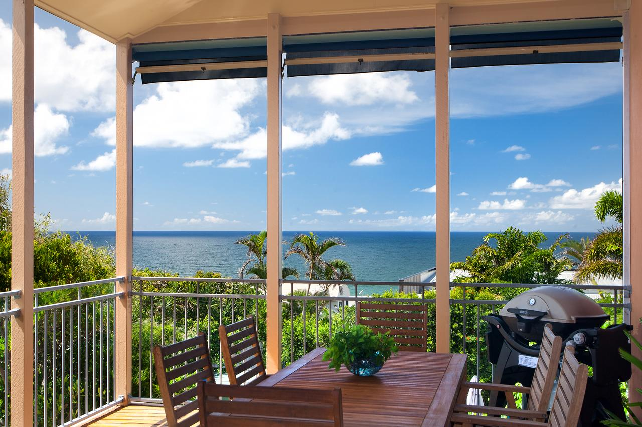 Jolly Roger's Beach House - QLD Tourism