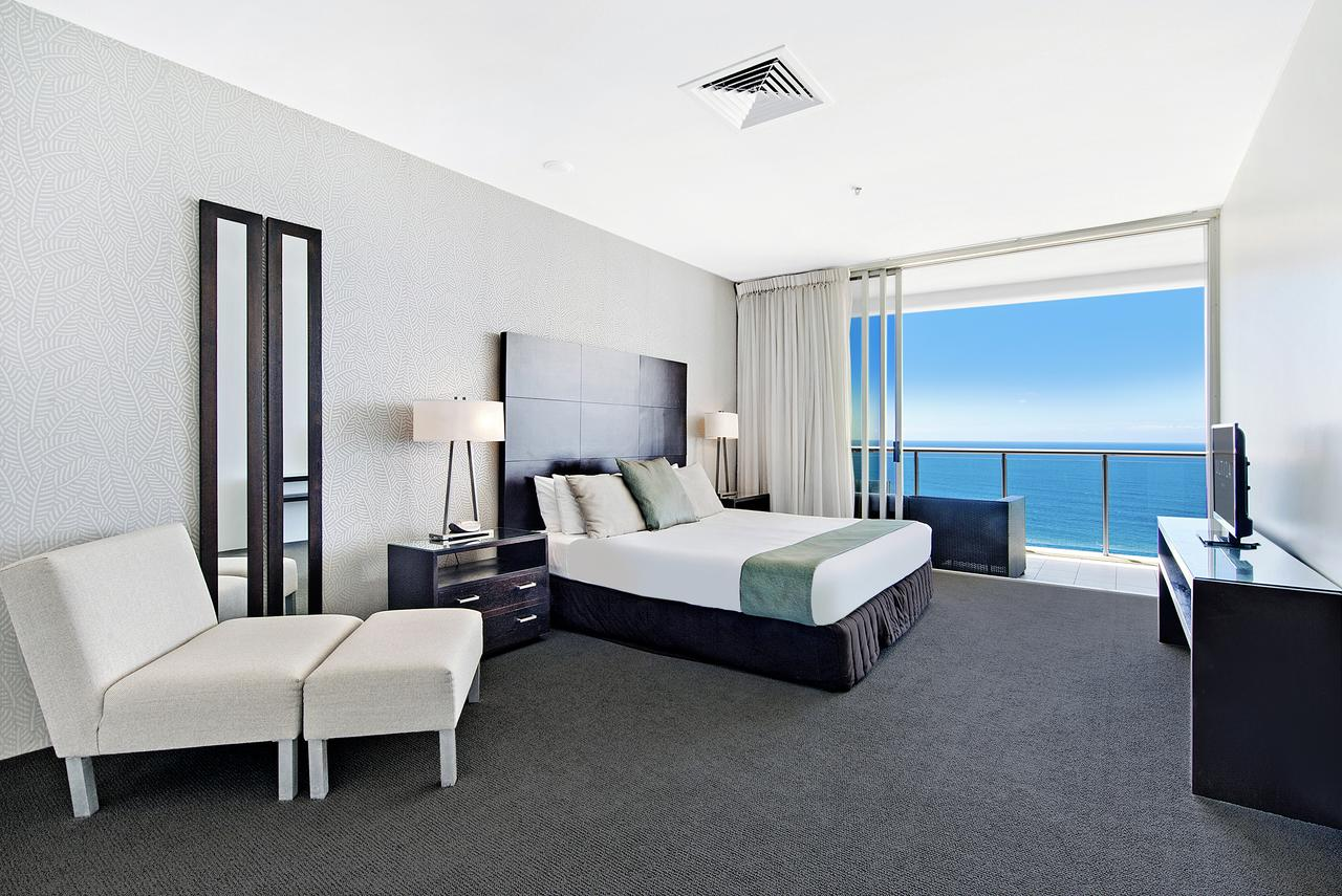 ULTIQA Air On Broadbeach - QLD Tourism