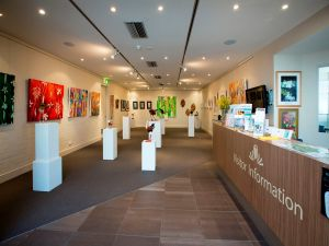 Australian National Botanic Gardens Visitor Centre Gallery - QLD Tourism