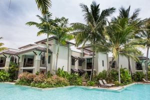 131 Sea Temple Luxury Swimout Apt. - QLD Tourism